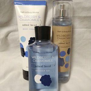 Wildberry & Chamomile Bath & Body Works Full Set